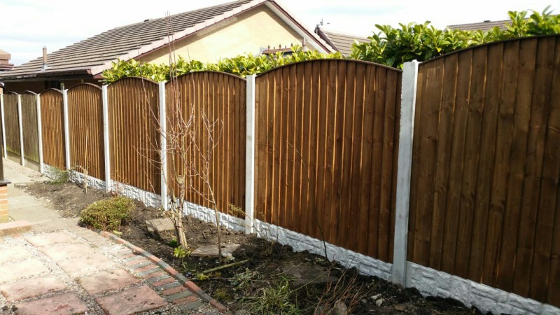 arch top fencing wigan