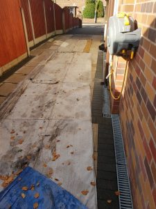 3ft fencing…sheets down on the drive …just had a phone call from the customer to say we dident no you had been it was that clean .100%satisfaction guaranteed.